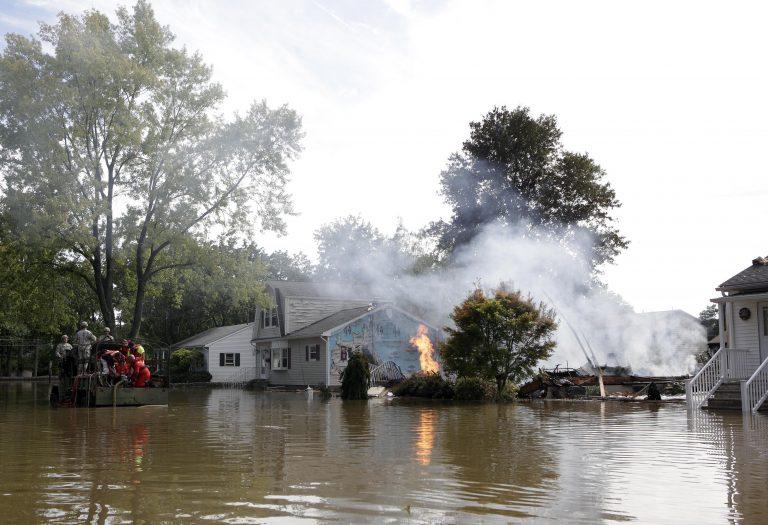 Στους 33 οι νεκροί του τυφώνα – Ανυπολόγιστες ζημιές   Newsit.gr