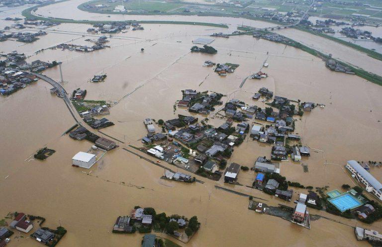 Καταρρακτώδεις βροχές και 22 νεκροί στην Ιαπωνία | Newsit.gr