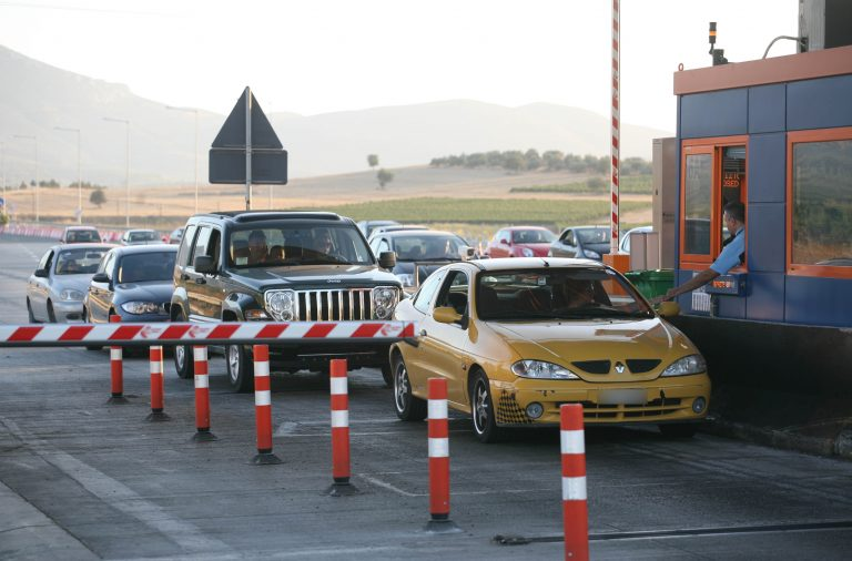 Αχαϊα: Πρόστιμο 14.000€ σε οδηγό που δεν πλήρωνε διόδια! | Newsit.gr