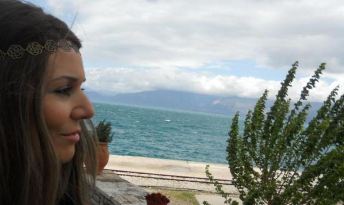 Ο σχεδιαστής Δ. Στρέπκος μιλά στο TLIFE για το θάνατο της make up artist Ι. Λυριντζή | Newsit.gr