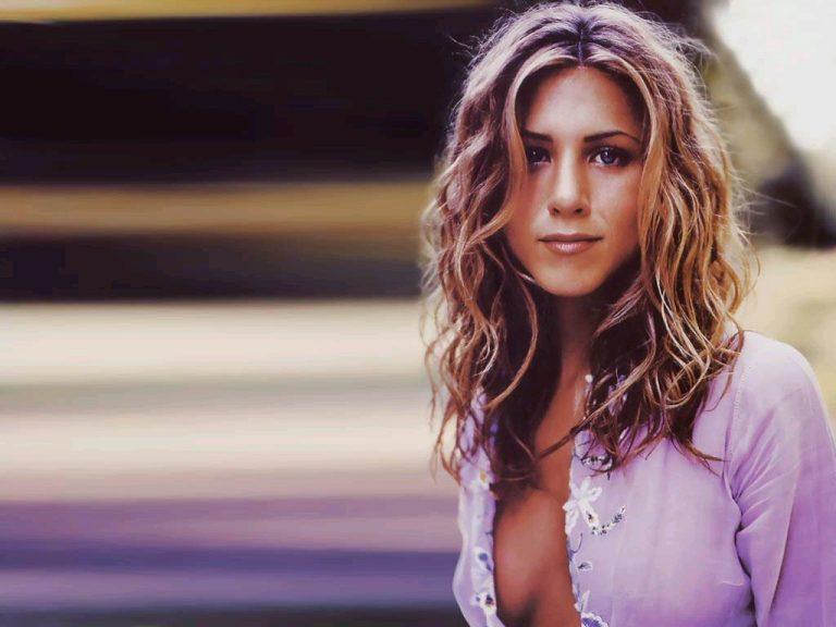 Kάντε το χτένισμα της J.Aniston σε 10 λεπτά! | Newsit.gr
