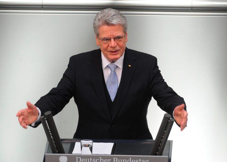 Πρόεδρος Γερμανίας:Έλληνες μην βγείτε από το ευρώ | Newsit.gr