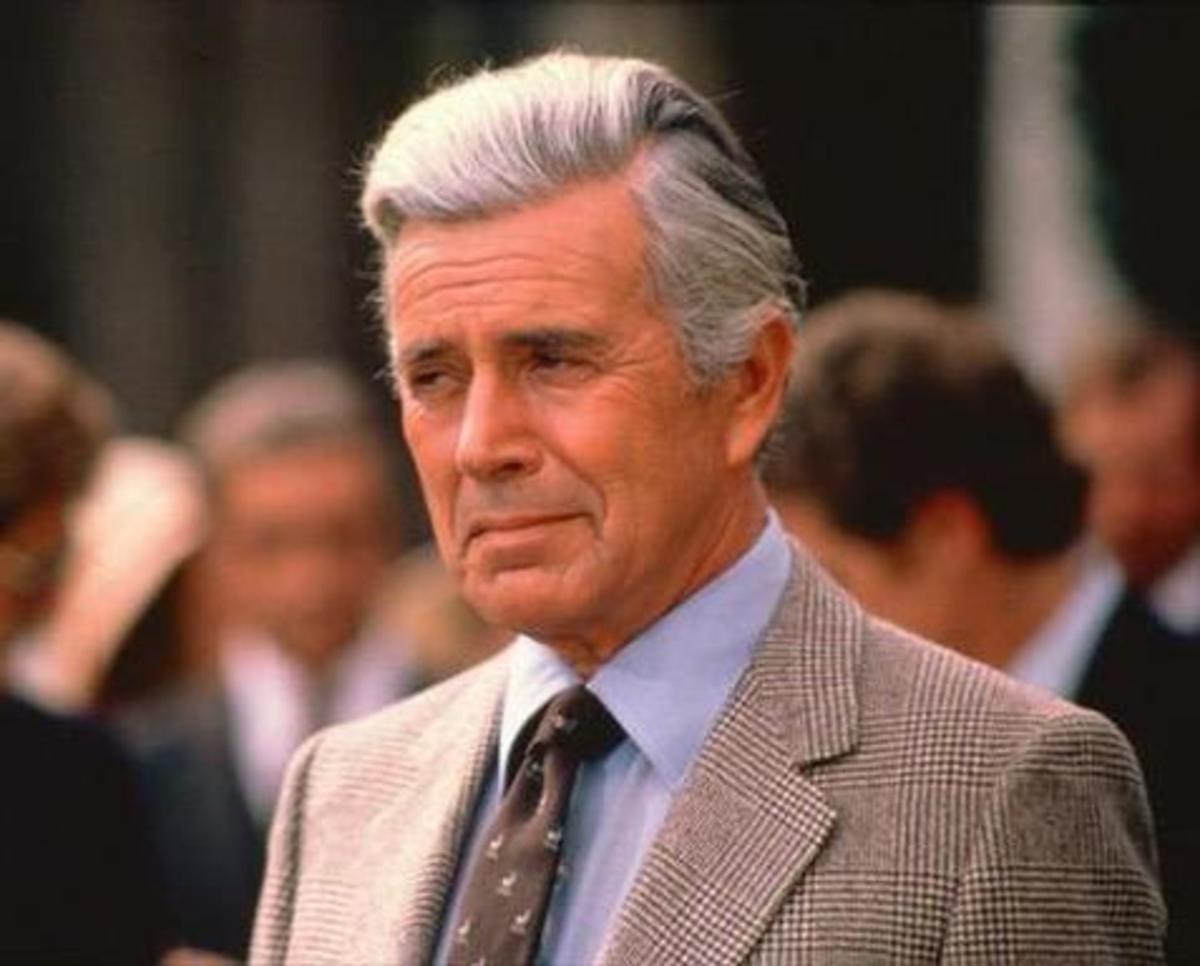 Έφυγε 92 ετών ο «Μπλέικ Κάρινγκτον» της Δυναστείας   Newsit.gr