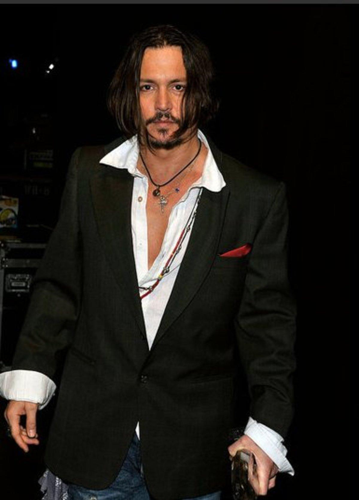 Πώς ήταν o Johnny Depp στα νιάτα του; | Newsit.gr