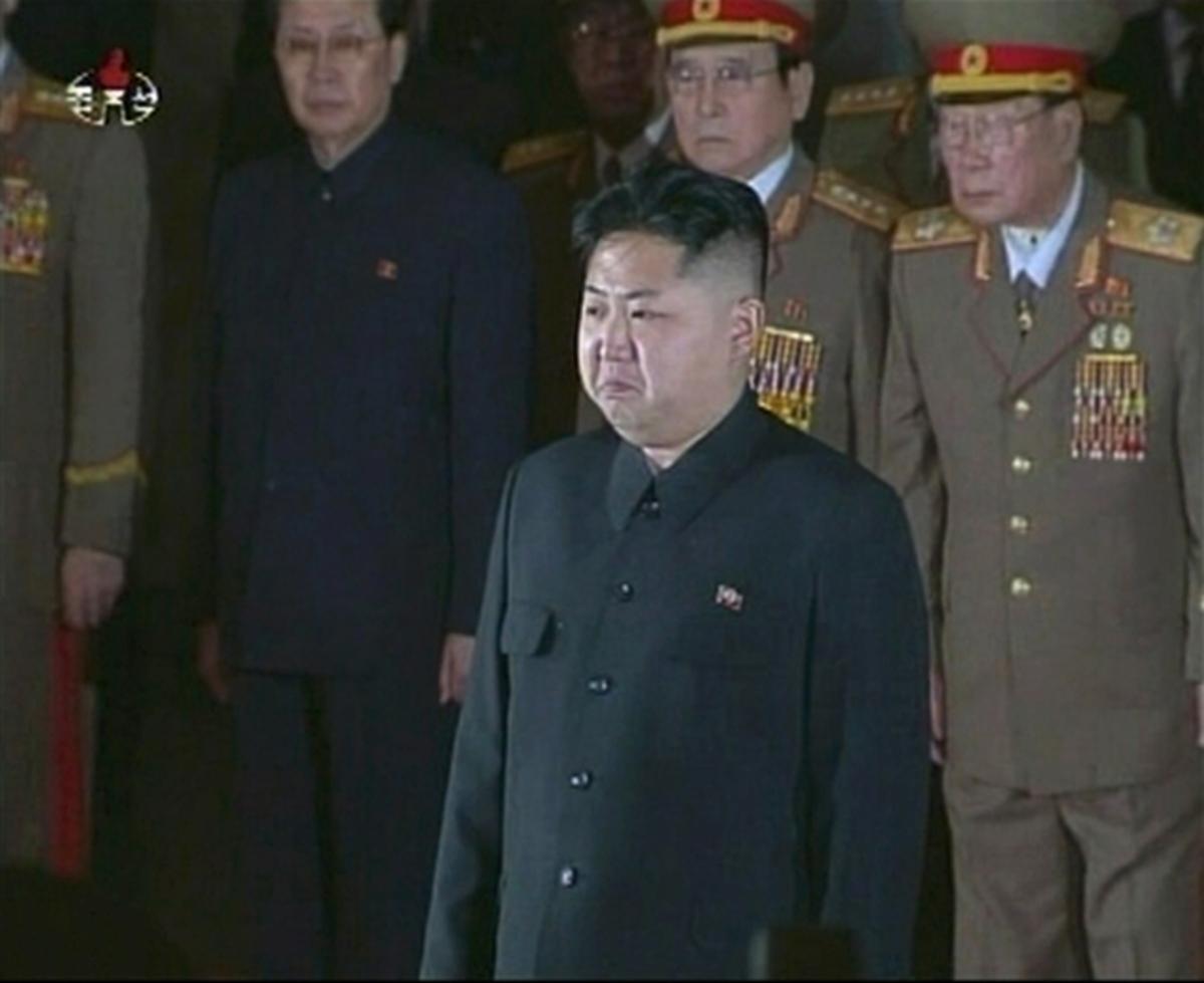 «Σύντροφε Κιμ Γιονγκ-Ουν, ακούστε την έκκληση του λαού» | Newsit.gr