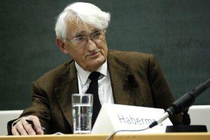 Γιούργκεν Χάμπερμας: «Η γερμανική κυβέρνηση διέσπασε βαθιά την Ευρώπη»