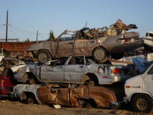 Δ. Αθηναίων: Στην ανακύκλωση ακόμη 1025 «σαραβαλάκια»