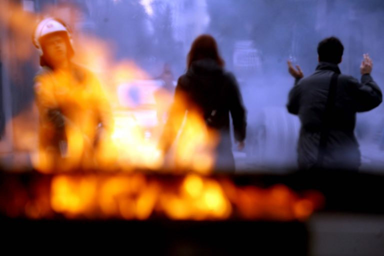 Θεσσαλονίκη: έκαιγαν κάδους επί δύο ώρες | Newsit.gr