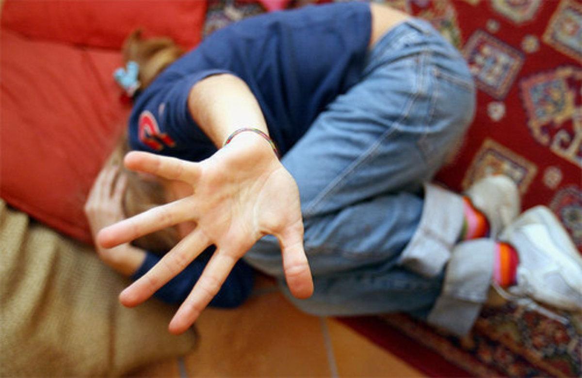 Εκείνος τη χτύπησε κι εκείνη τον μαχαίρωσε!   Newsit.gr