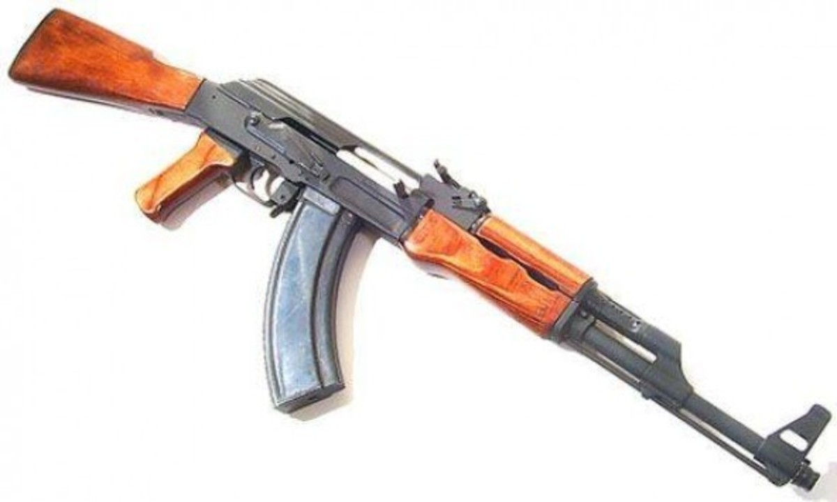 Μάνη: 'Έκρυβε οπλοστάσιο με καλάσνικοφ στο σπίτι και το μαντρί! | Newsit.gr