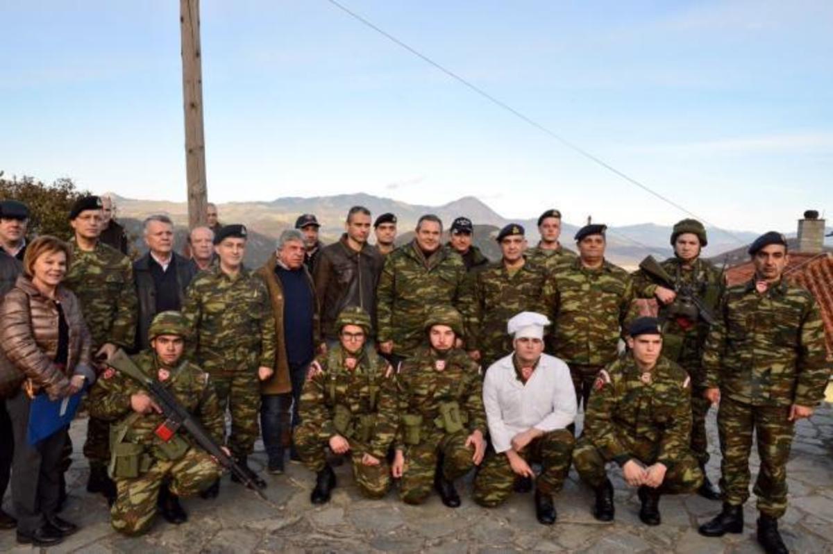 Μήνυμα Καμμένου από τα σύνορα στην Αλβανία – Τι έκανε; | Newsit.gr