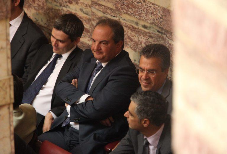 Οι 16 που συζητούν με Καραμανλή-τι σχεδιάζει ο πρώην Πρωθυπουργός | Newsit.gr