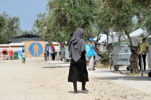 Λέσβος: Πρόσφυγες ερωτεύτηκαν και παντρεύτηκαν στον καταυλισμό Καρά Τεπέ