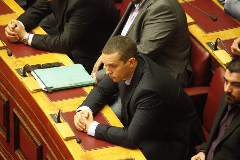 Άρση της ασυλίας για 3 βουλευτές της Χρυσής Αυγής – Τι δήλωσαν οι βουλευτές | Newsit.gr