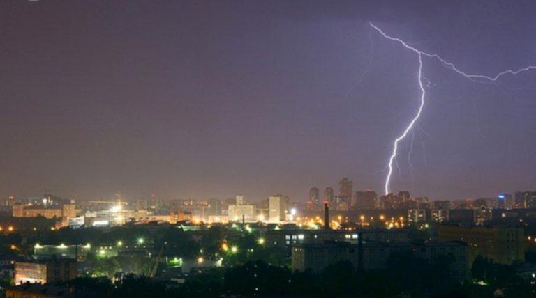 Καταιγίδες, χιόνια και πολύ ισχυροί άνεμοι και αύριο – Διαβάστε την αναλυτική πρόγνωση | Newsit.gr