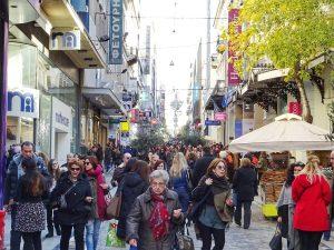 Χριστούγεννα: Πως θα λειτουργήσουν σήμερα τα καταστήματα και τα super market