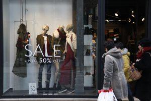 Ανοιχτά καταστήματα την Κυριακή – Απεργία των υπαλλήλων