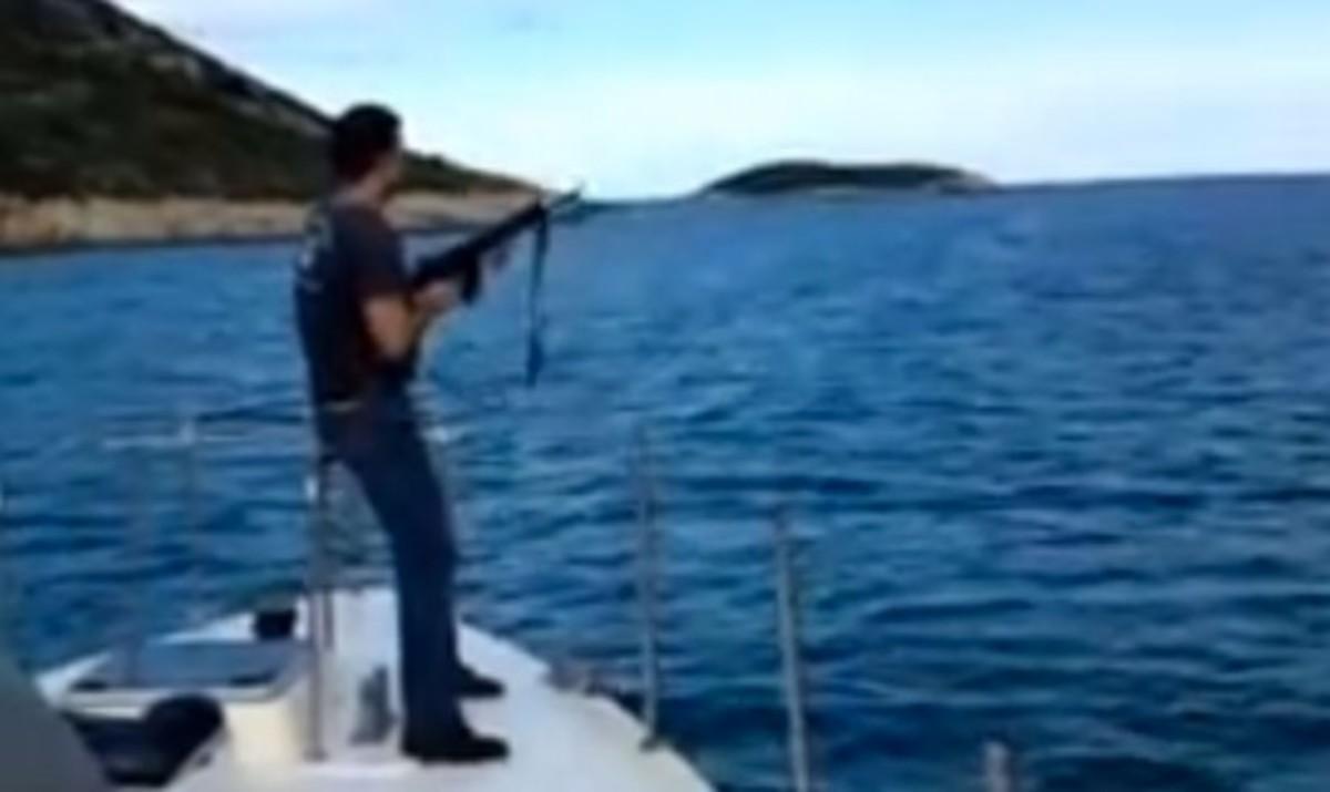 ΕΔΕ για τους λιμενικούς που πυροβολούσαν αγριοκάτσικα | Newsit.gr