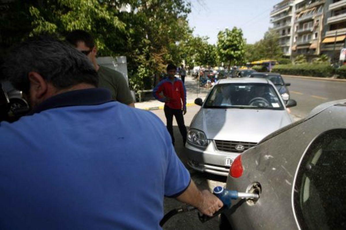 Που θα βρείτε την φτηνότερη και που την ακριβότερη βενζίνη σε όλη την Ελλάδα | Newsit.gr