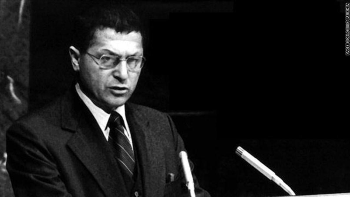 Βρέθηκε το πτώμα του αντιπάλου του Καντάφι μετά από 19 χρόνια   Newsit.gr