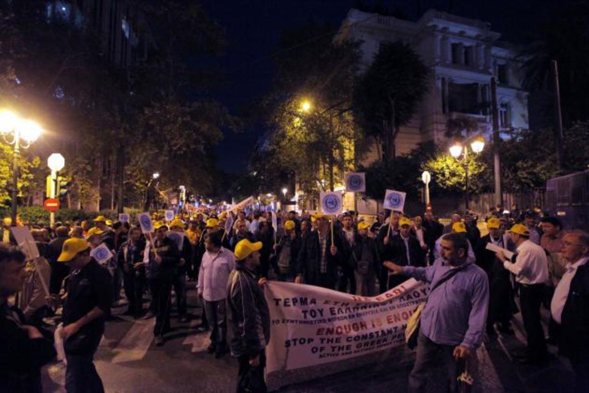 Το ΓΕΕΘΑ οφείλει να απαντήσει: έχουν ανατεθεί αστυνομικά καθήκοντα στις ΕΔ; Ναι ή όχι | Newsit.gr