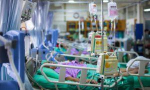 Στους 51 οι νεκροί από γρίπη- Η ΠΟΕΔΗΝ καταγγέλλει ολιγωρία για τις ΜΕΘ