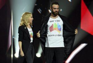 Kylie Minogue: Του έδωσε τα παπούτσια στο χέρι μετά το τελεσίγραφο «αυτόν ή εμάς»
