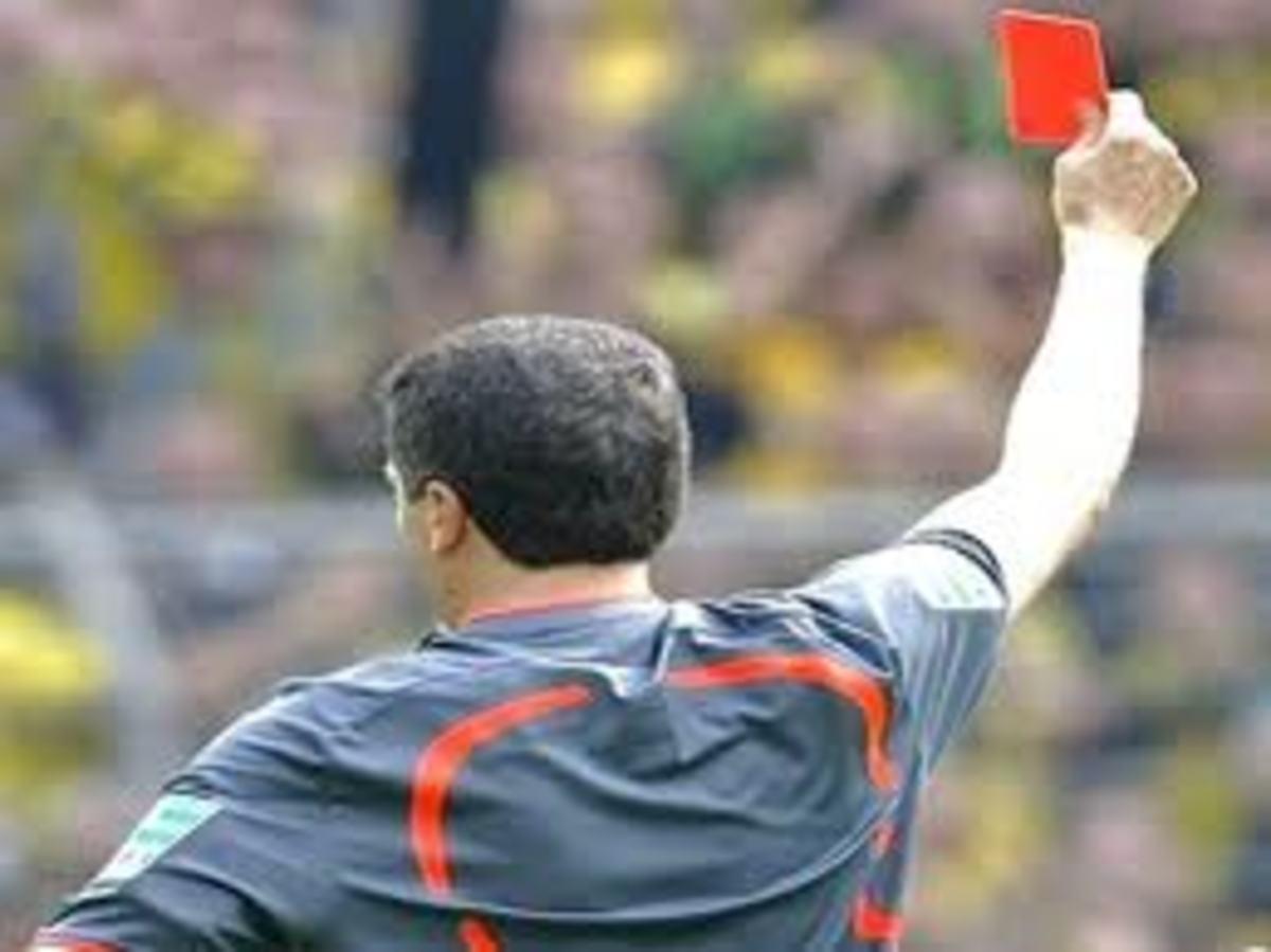 Τους απέβαλε όλους – 36 κόκκινες σε αγώνα στην Αργεντινή !   Newsit.gr