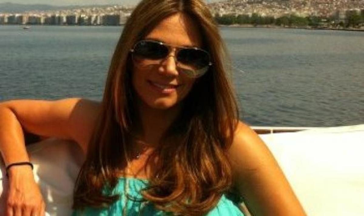 Έλλη Κοκκίνου: Διακοπές μόνο για δύο!   Newsit.gr