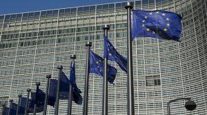 «Χαστούκι» από Κομισιόν στην Ελλάδα – «Διορίζετε τους φίλους των υπουργών»