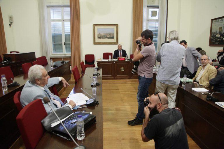 Δείτε το βίντεο με τον καυγά Κοντομηνά – Κασιδιάρη: «Ακούστε κύριε τίποτα» – «Άντε ρε καραγκιόζη» | Newsit.gr