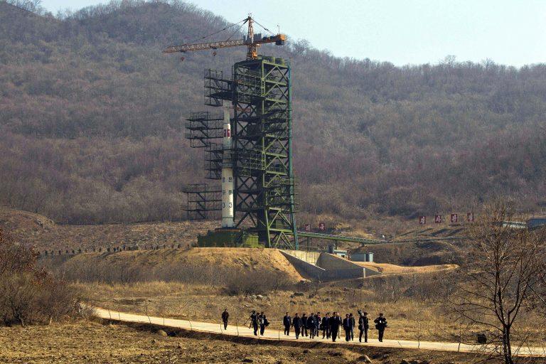 Εξερράγη στον αέρα ο πύραυλος της Βόρειας Κορέας | Newsit.gr