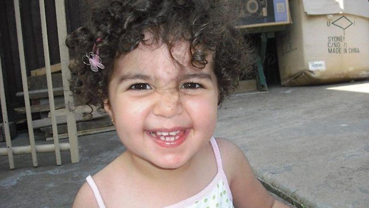 Έσφαξε το δίχρονο κοριτσάκι του και το ανακοίνωσε στο Facebook   Newsit.gr