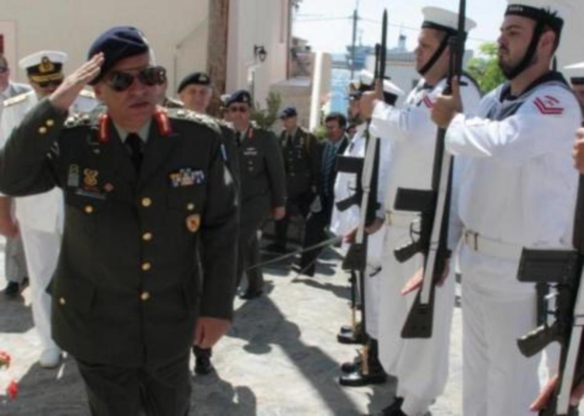 Ανοιχτή διαφωνία του Α/ΓΕΕΘΑ Μ.Κωσταράκου με τα κυβερνητικά σενάρια | Newsit.gr