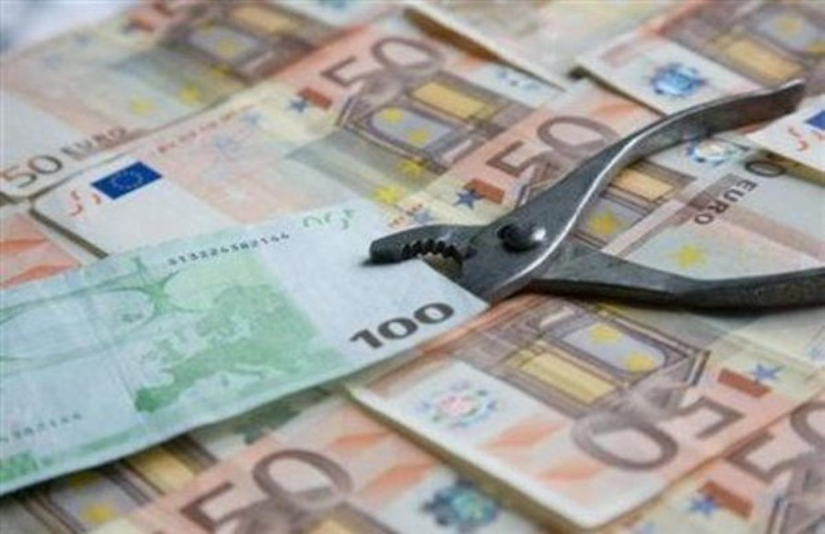 Στις 100.000 ευρώ το όριο για κούρεμα στους ιδιώτες | Newsit.gr