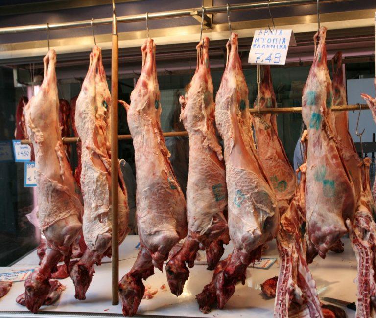 «Λαυράκια» για τους ελεγκτές σε κρεοπωλεία | Newsit.gr