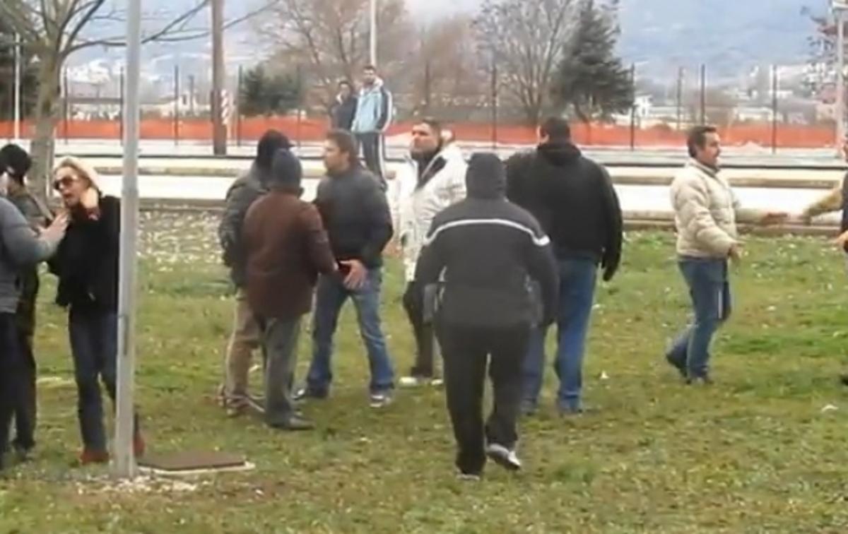 Γονείς ήρθαν στα…χέρια σε αγώνα πρωταθλήματος Κ-17 (VIDEO)   Newsit.gr