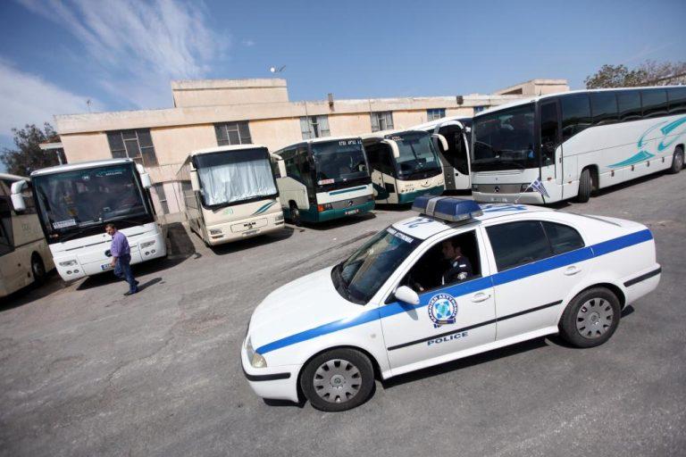 Κρήτη: Λίγο έλειψε να έρθουν στα χέρια για τη… στάση του λεωφορείου | Newsit.gr