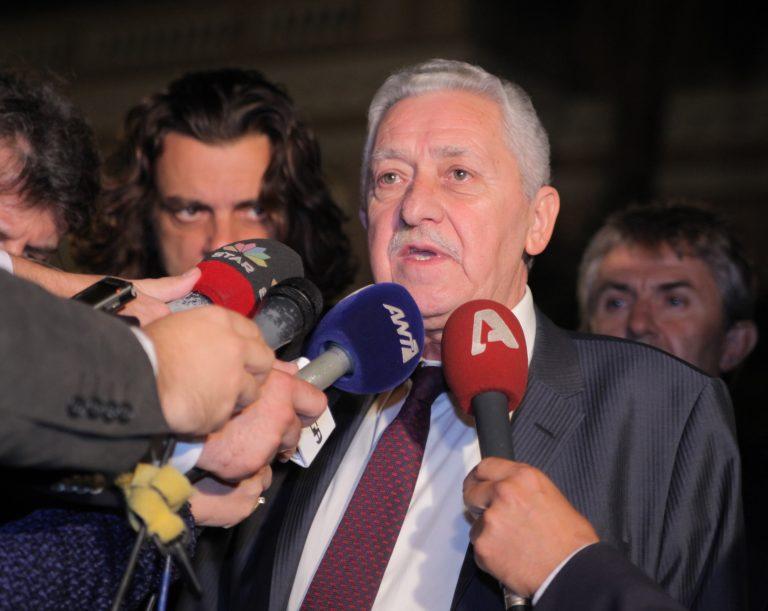 Δραματικές διαβουλεύσεις – Επιμένει στο όχι στα εργασιακά η ΔΗΜΑΡ αλλά δεν ρίχνει την κυβέρνηση και ψηφίζει προϋπολογισμό | Newsit.gr