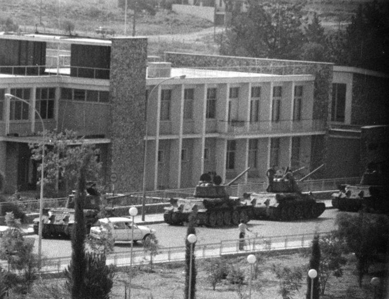 38 χρόνια από το προδοτικό πραξικόπημα στην Κύπρο   Newsit.gr