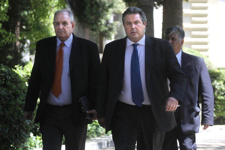 Π. Καμμένος: Ζητά ντιμπέιτ και κάνει επίθεση στη Μέρκελ | Newsit.gr