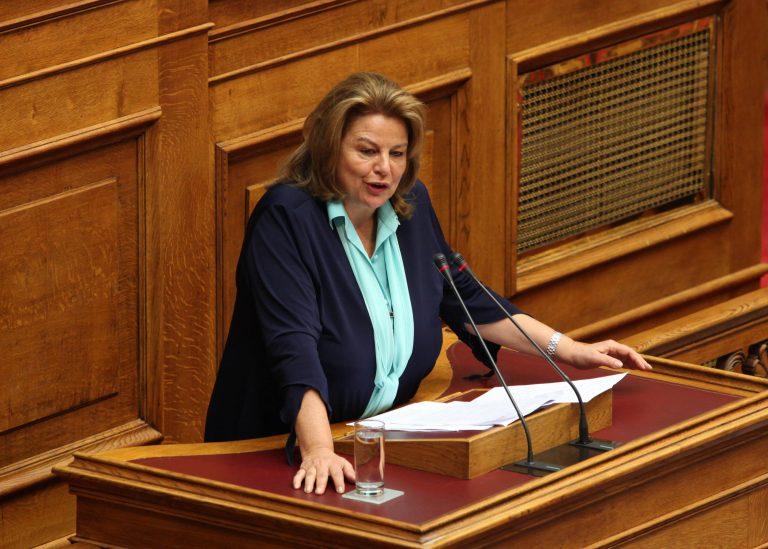 Ερώτηση στην Κατσέλη από βουλευτές του ΠΑΣΟΚ για τη Γαύδο | Newsit.gr