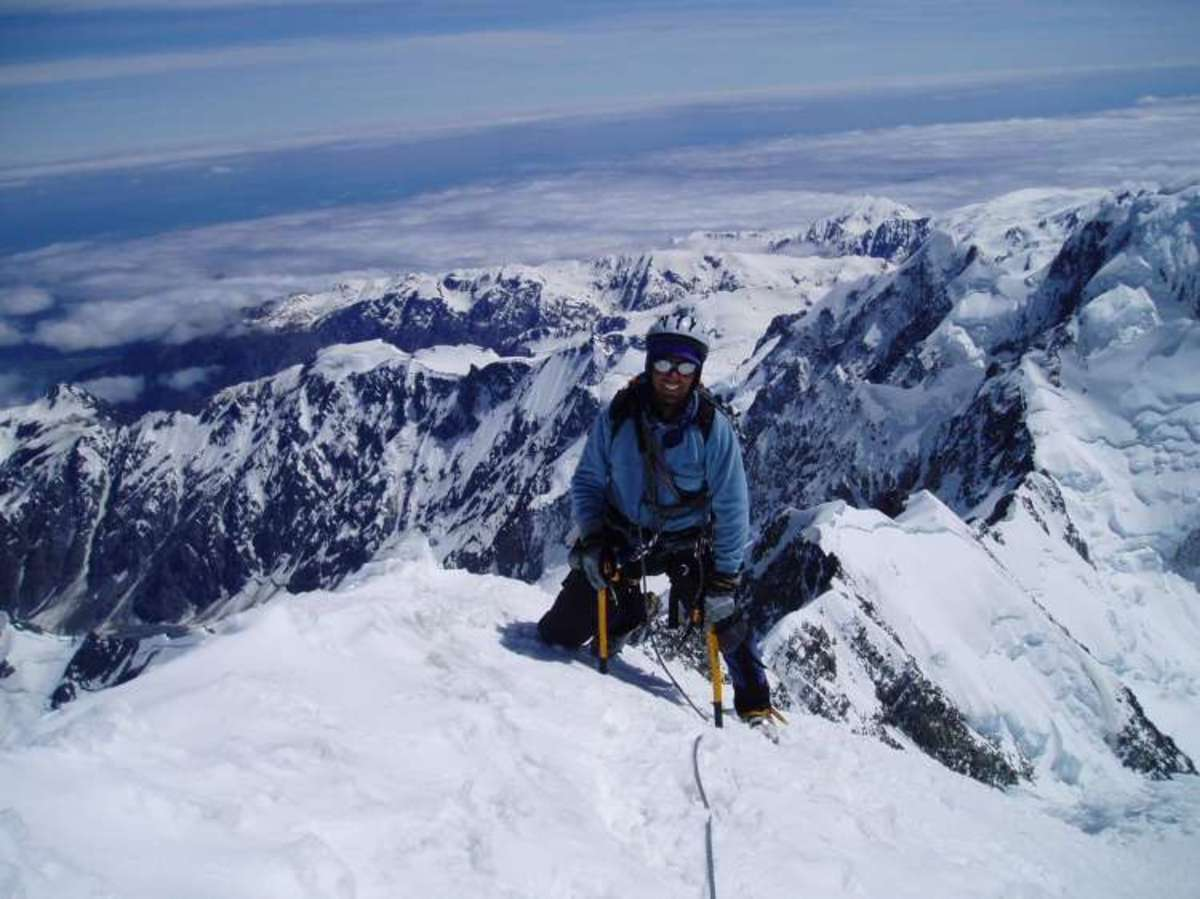 Ένας Έλληνας στην κορυφή του Έβερεστ | Newsit.gr
