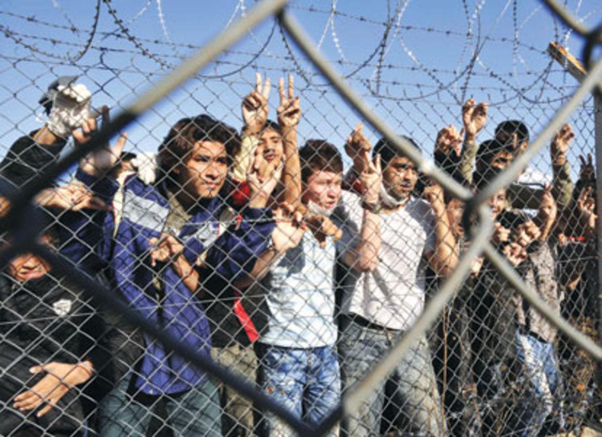 57.000 λαθρομετανάστες πέρασαν από Τουρκία σ΄ ένα μόνο χρόνο   Newsit.gr