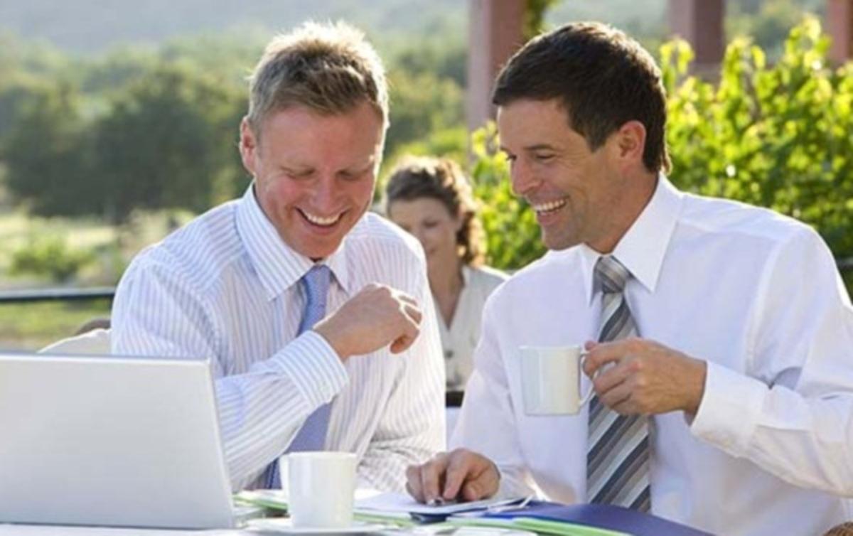 Να γελάτε στο γραφείο – Κάνει καλό | Newsit.gr