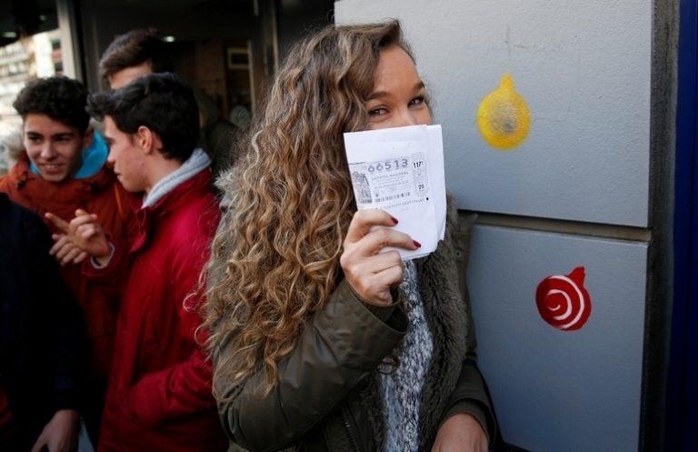 Έχασαν τις εκλογές, κέρδισαν το λαχείο οι Σοσιαλιστές στην Ισπανία! | Newsit.gr