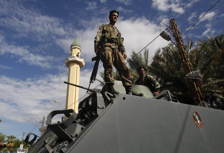 Λίβανος: Ο στρατός βομβάρδισε τα περίχωρα της Δαμασκού | Newsit.gr