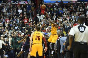 NBA: Aπίστευτο buzzer beater από Λεμπρόν Τζέιμς! [vid]