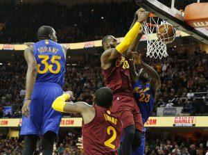 Το NBA πήρε θέση! Οι Καβαλίερς ευνοήθηκαν με Γουόριορς [vids]