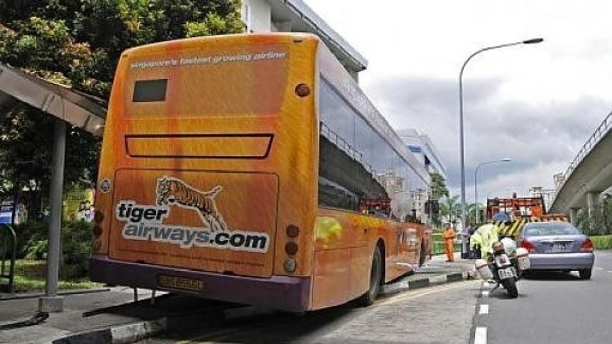 Οδηγός λεωφορείου λιποθυμάει και οι επιβάτες του παίρνουν τον έλεγχο του οχήματος! – ΒΙΝΤΕΟ   Newsit.gr